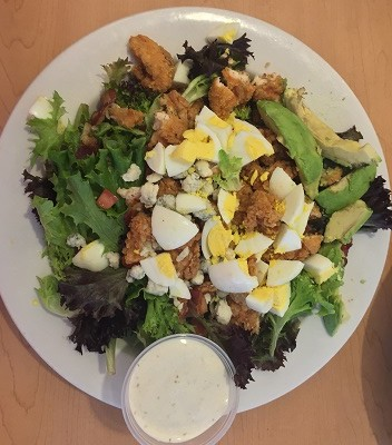 100 Restaurant Salads That Are Worse Than a Big Mac